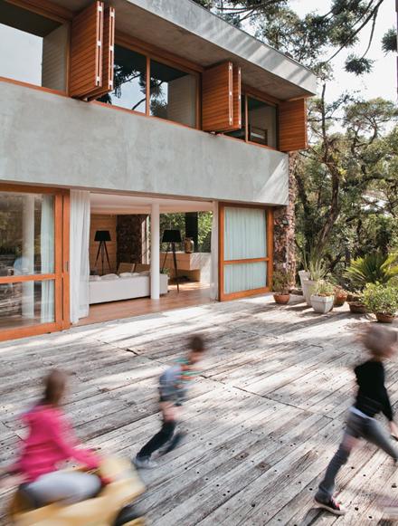 13-deck-fachada-marcelo-rosenbaum-casa-pai.jpeg