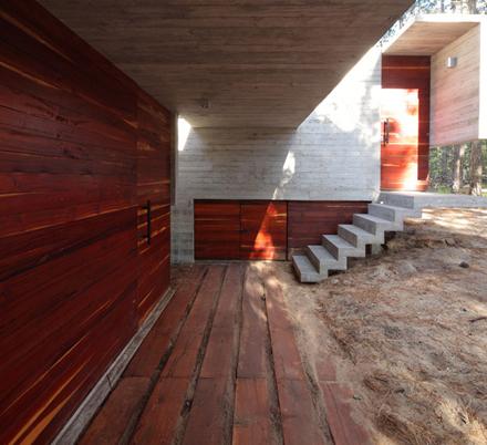 casa-levels-concrete-staircase-enpundit.jpg
