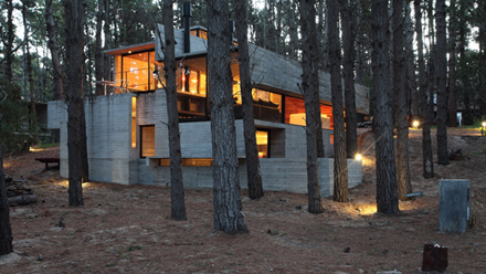 casa-levels-house-in-woods-16.jpg