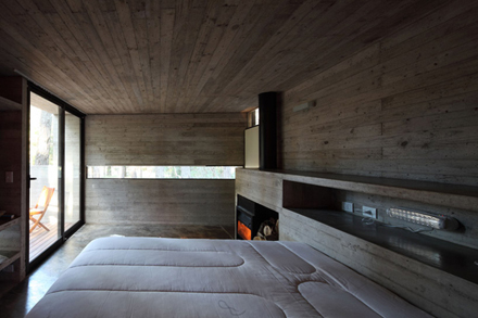 casa-levels-house-in-woods-bedroom-9.jpg