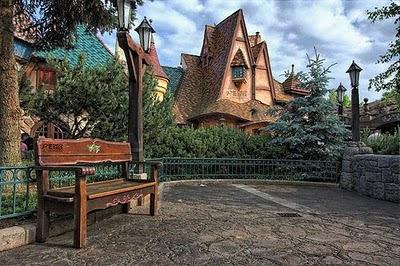 fairy_tale_houses_13.jpg