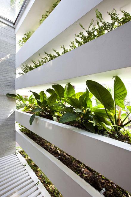 stacking-green-house-vo-trong-nghia-enpundit-8.jpg