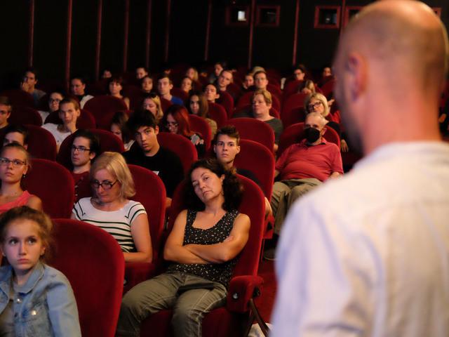 Ilyen volt A szabadság történetei a Kino Cafe moziban
