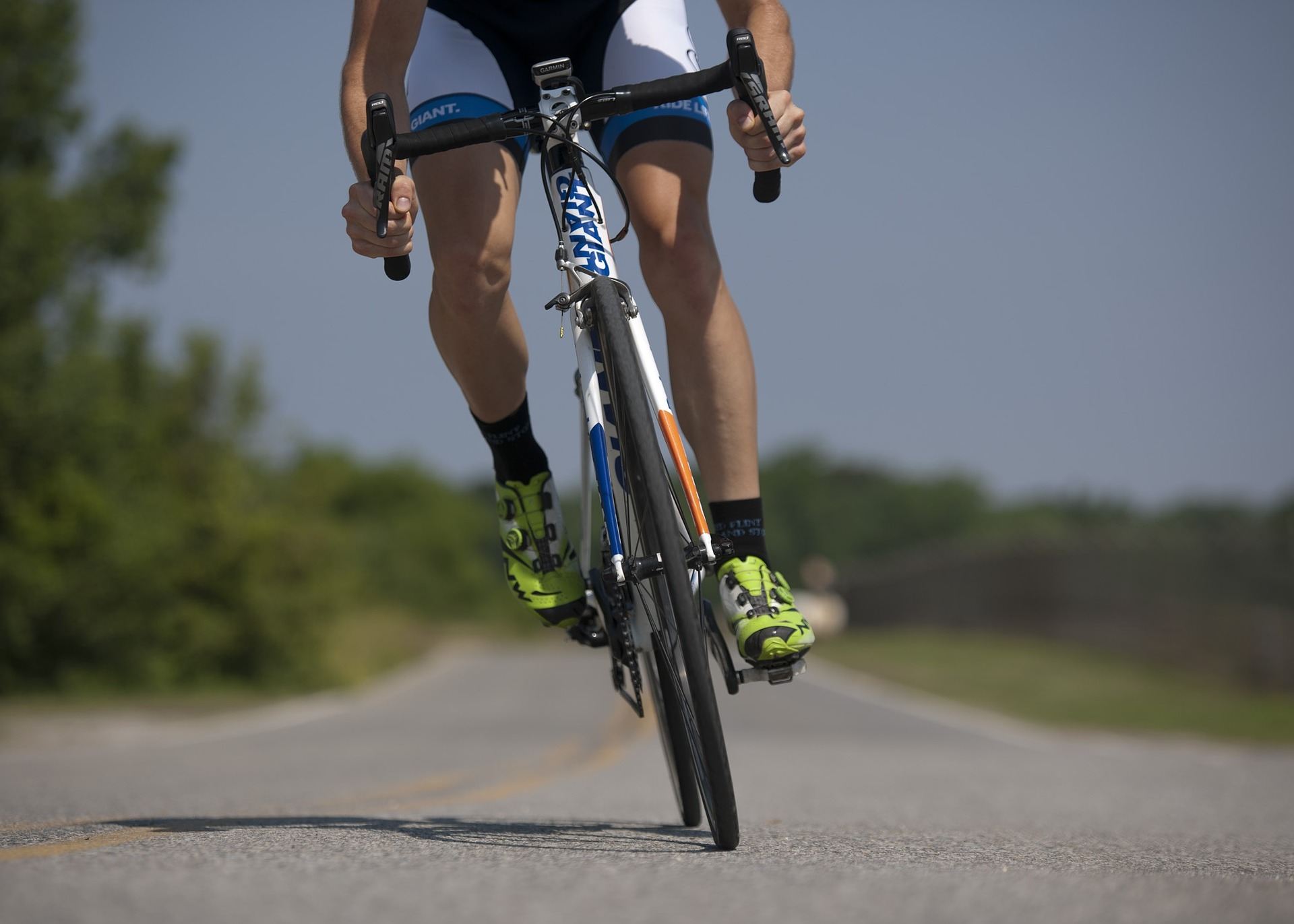 cycling-655565_1920.jpg