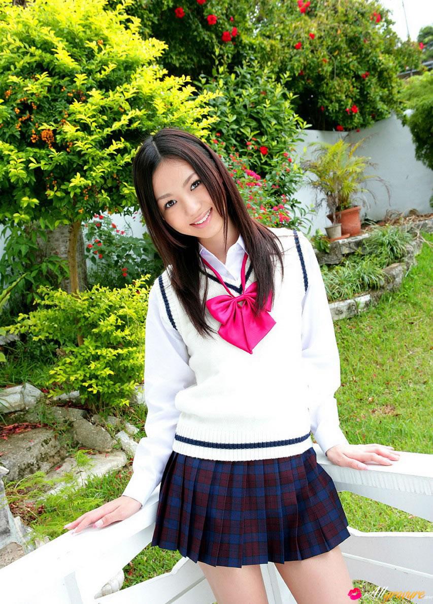 allgravure-aino-kishi-schoolgirl-high-01.jpg