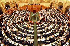 parlament03.jpg