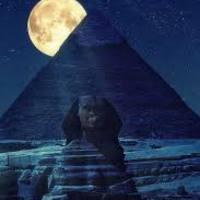 A Watch Tower felülírja a Tudás enciklopédiáját, avagy az egyiptomi építészet rejtelmi reload, Russell után szabadon.