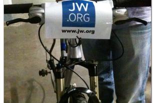 A túltolt bicikli esete: Tour de France-t nyert egy Jehova Tanúja!