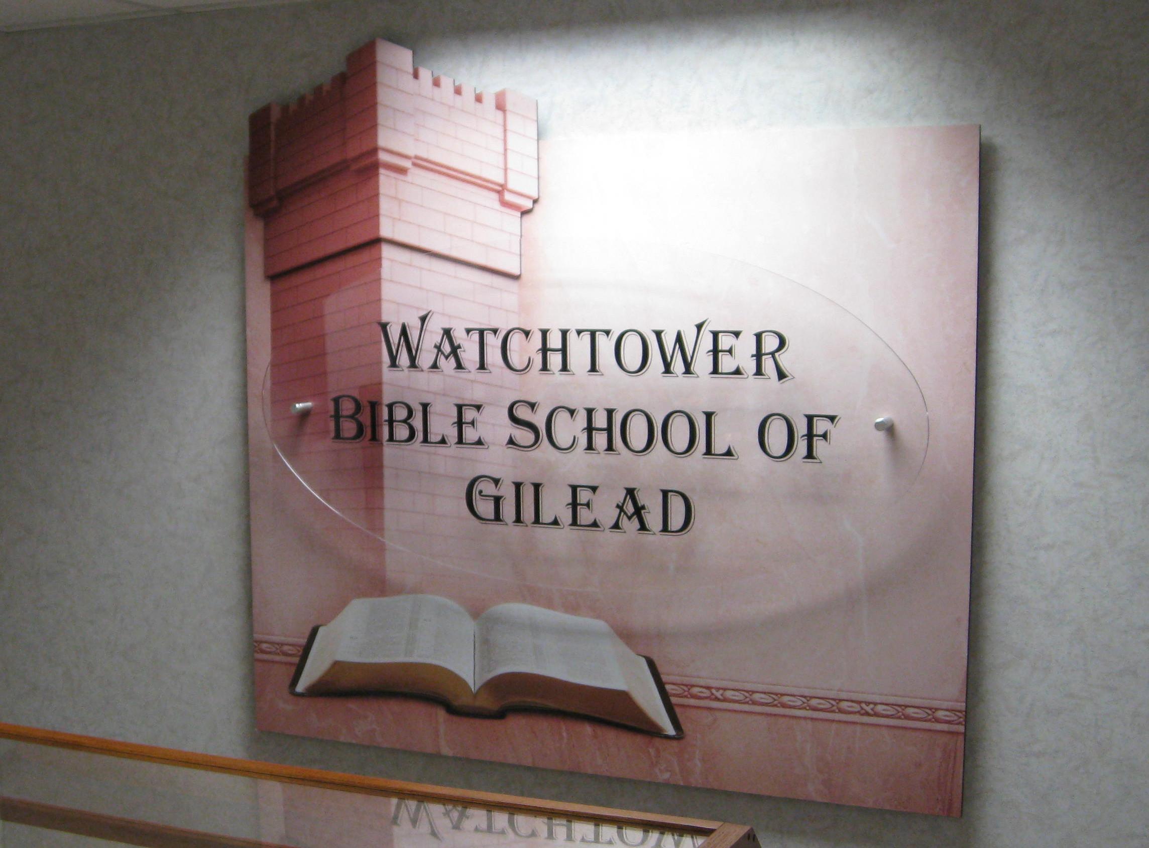 bibliaiskola.jpg