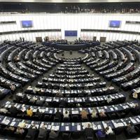 Bajban az európai zöldek – kiállt az atomenergia mellett az Európai Parlament