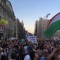 A nemzeti ünnepeken sem zárhatja el magát a kormány az ellenvéleményektől!