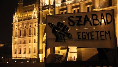 Tüntetés, Kossuth tér, szabadság
