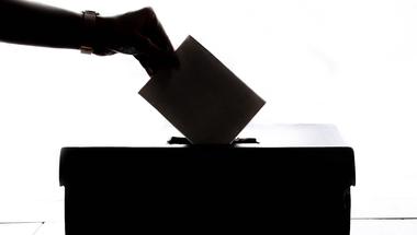 Hirtelen sok új választó lett a településeden? Így leplezd le a választási csalást!
