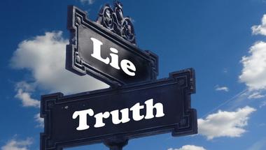 Hazudni alkotmányos jog? Mi a baj az Alkotmánybíróság döntésével az aláírásgyűjtő aktivistákról?