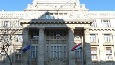 Nyakatekert érveléssel mentette fel a szabálytalanul aláírásokat gyűjtő Fidesz aktivistákat a Kúria