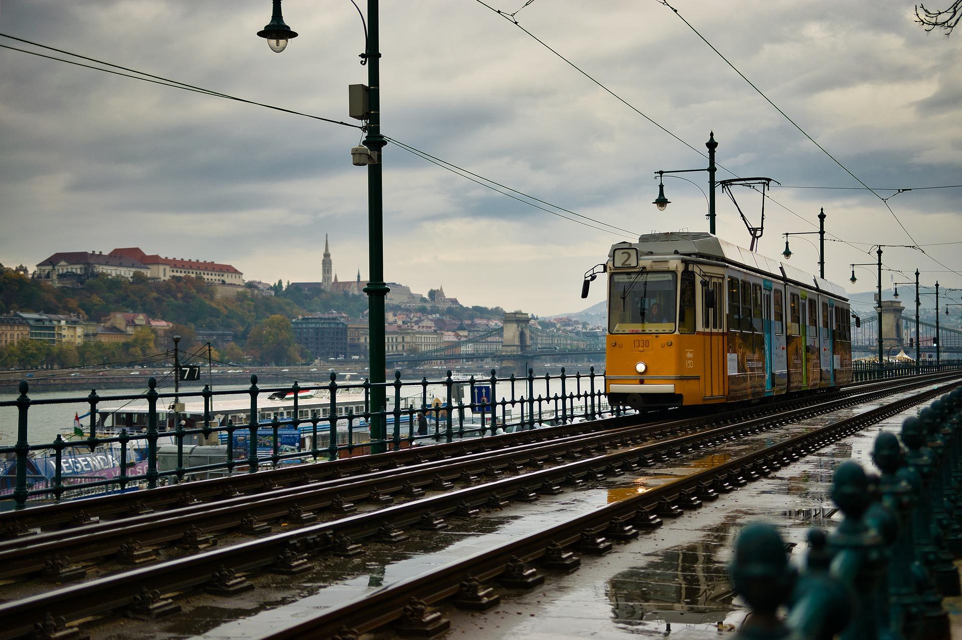 budapest-3930889_1920.jpg