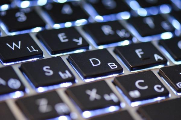 macbook-keyboard-macro.jpg