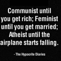 Zuhanó repülőn ne lennének ateisták?