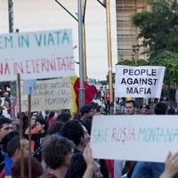 Korrupciógyanú, tüntetések, avagy verespataki csiki-csuki
