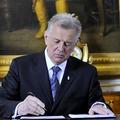 Schmitt Pál aláírása 6,5 millió forintot hozott Kálomistának?