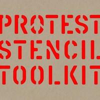 Ungváry Krisztián is a tankönyvlista ellen tiltakozók között