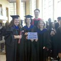 Frissen doktorált értéktermelő CEU-sok köszöntik Klinghammert!