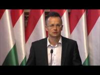 Külföldi talpnyalással akarunk javítani a magyar egyetemek megítélésén
