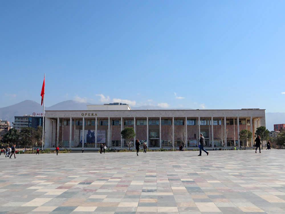 Opera, Szkanderbég tér, Tirana
