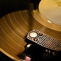 Svájci óra a hifiben - A világ legismertebb lemezjátszója