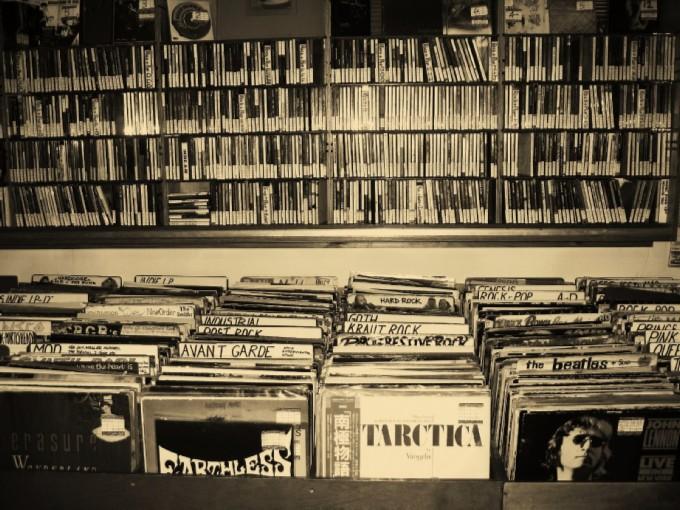 Vinyl-02.jpg