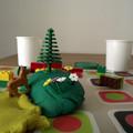 Játékosan fejlesztünk - gyurma és LEGO