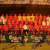 Jótékonysági árverés - Liverpool FC dedikált fotó és még sok kincs!!!