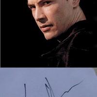 Találkozás Neo-val a Dunánál (Keanu Reeves autogramja)