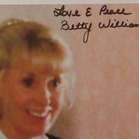 Nőnapi autogram (Betty Williams dedikált fotója)