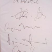 Randevú Párizsban - öt autogram