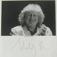 Esterházy Péter (1950-2016) autogramja