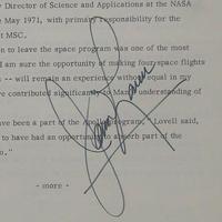 Jim Lovell űrhajós autogramja