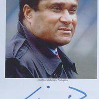 Eusébio (1942-2014) autogramja