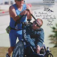 Rick és Dick Hoyt dedikált fotója