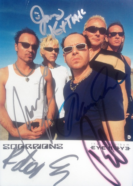 scorpions 90.JPG