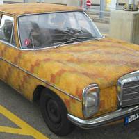Egy ennivaló Mercedes