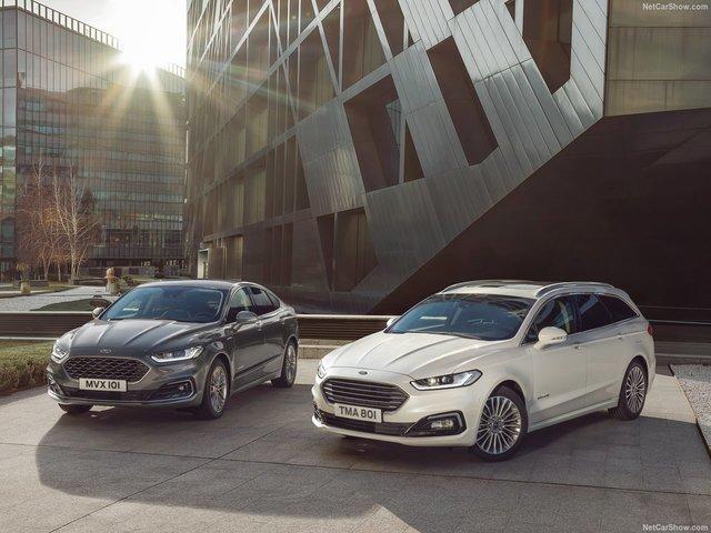 Ford Mondeo -  Álljon meg egy pillanatra: hát nem gyönyörű?