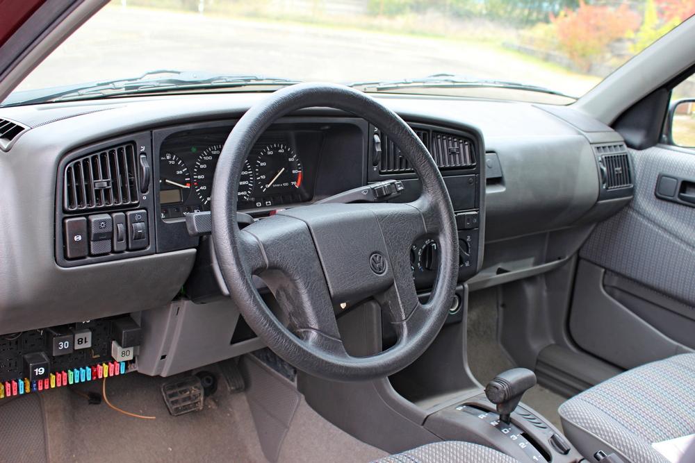 28 éves VW Passat, 215 kilométerrel – hülyének nézel?