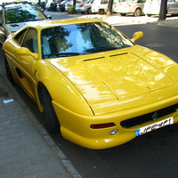Ferrarit láttam?