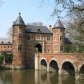 Kötelező látnivaló minden virágimádónak a belga főváros szélén