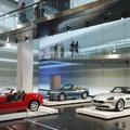 BMW Welt: az érzékszervek teljes pályás letámadása és a fogyasztói társadalom Mekkája