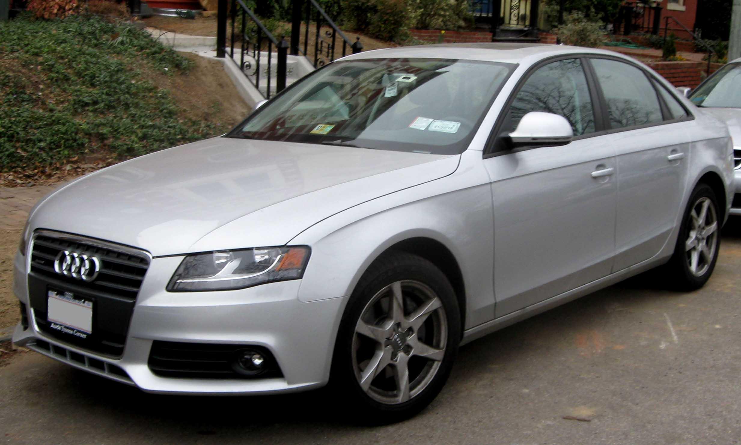 2009_Audi_A4.jpg