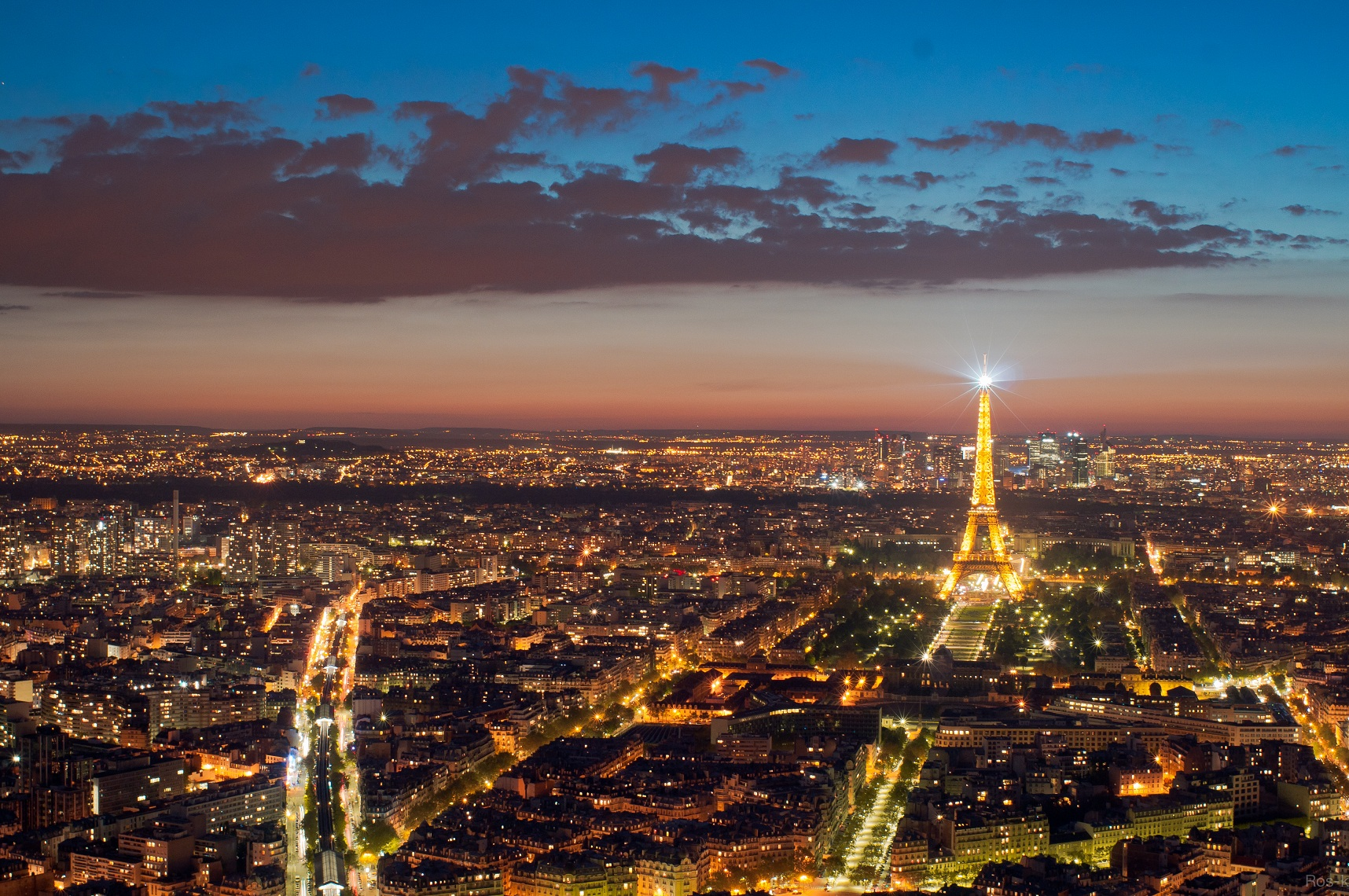 Eiffel_Tower_from_the_Tour_Montparnasse,_1_May_2012_N1 red.jpg