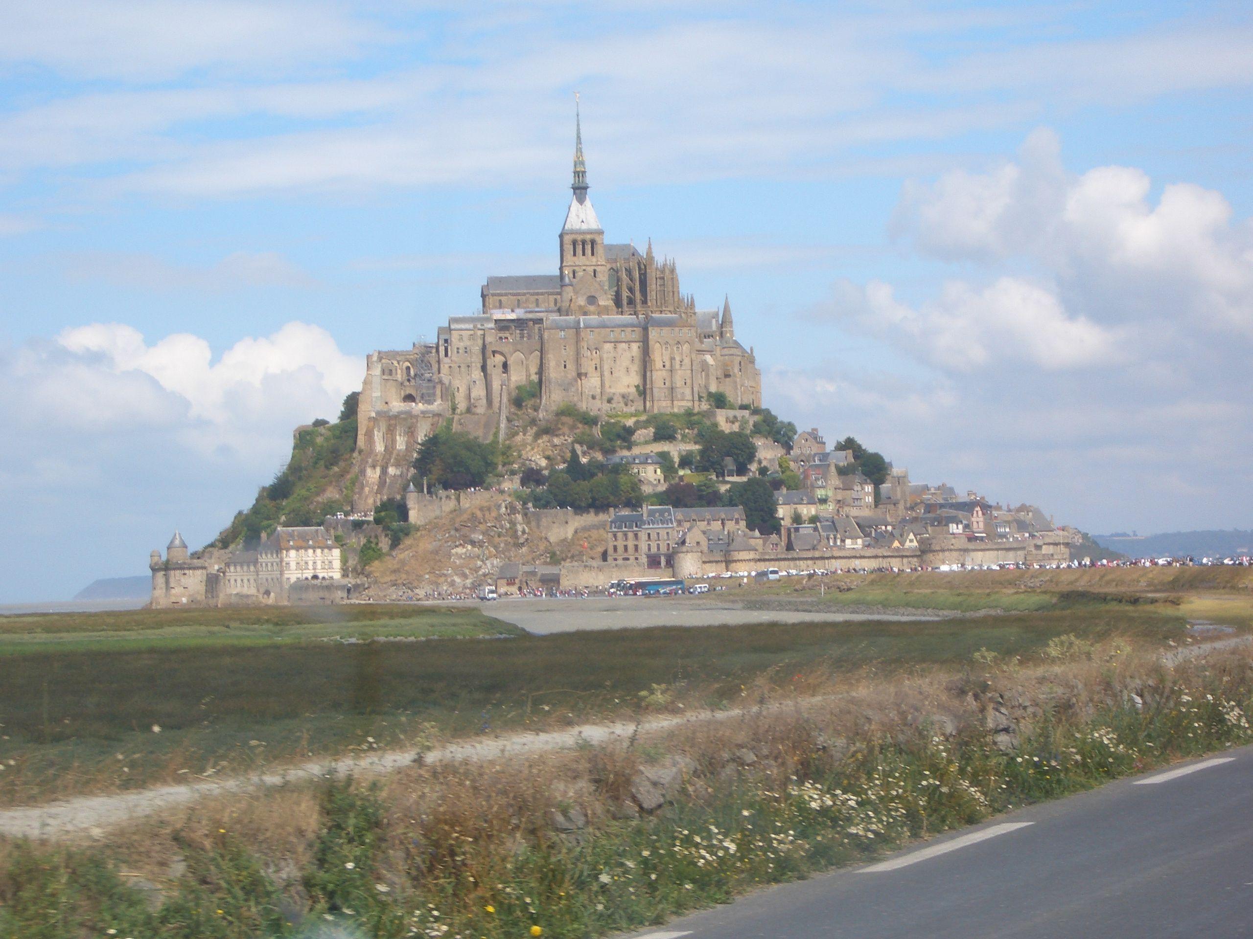 St Michel - Copy.JPG