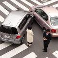 Összetörtem az autót! Mit fizet a biztosító?
